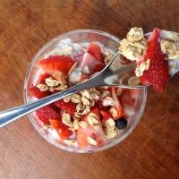 Strawberry Kefir Oats